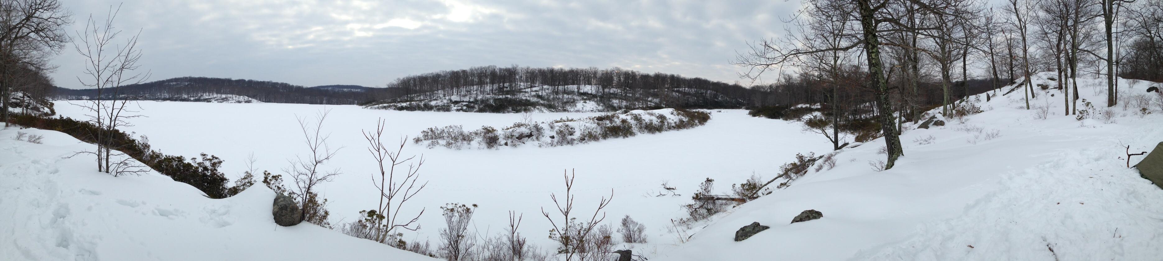 Frozen Lake Skenonto